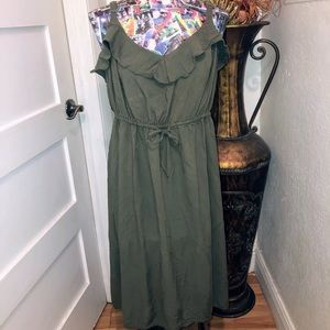 TORRID dark green flirty dress 2